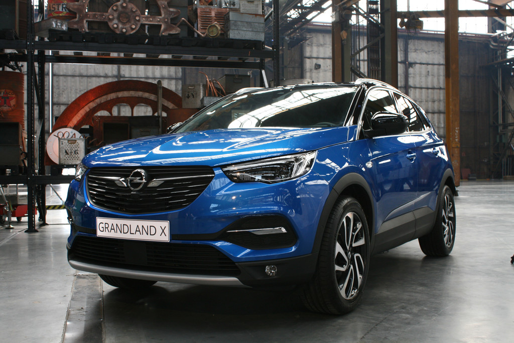 Autocentrum van vliet for Interieur opel grandland x